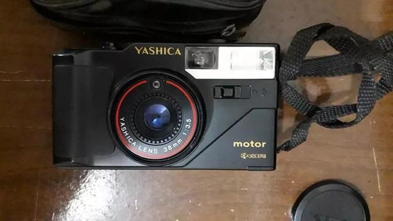 Câmera Fotográfica Antiga Yashica Kyocera - Funcionando