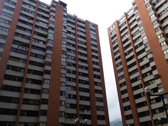 Alquilo Habitación Para Dama Sola En Lomas Del Avila