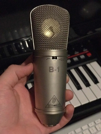 Microfone Behringer B-1