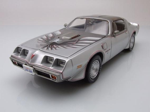 Pontiac - Firebird Trans-am Coupe 1979 Escala 1/18