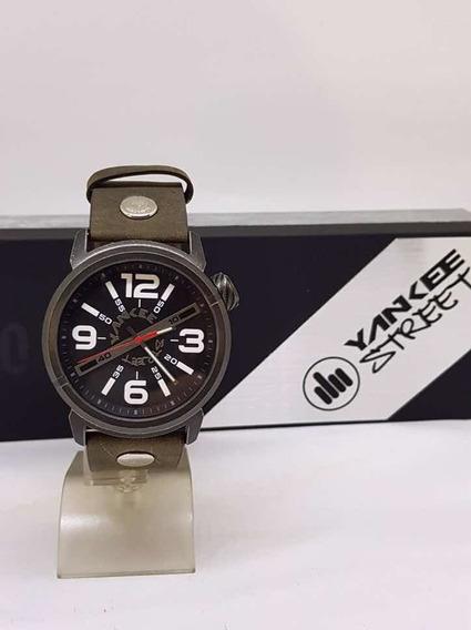 Relógio Yankee Street Novo