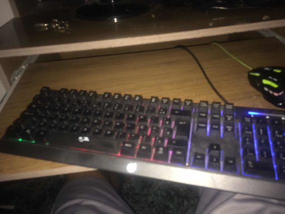 Teclado Gamer Usado Mecânico