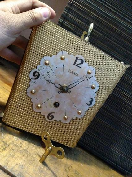 Reloj Haste De Pared De Cuerda De Coleccion Suizo