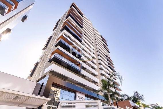 Apartamento Em Petrópolis Com 1 Dormitório - Ev3361
