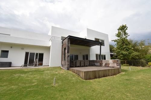 Residencia En El Campanario, Querétaro