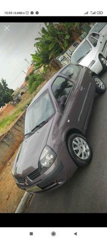 Renault Clio 2006 1.0 8v Expression 3p