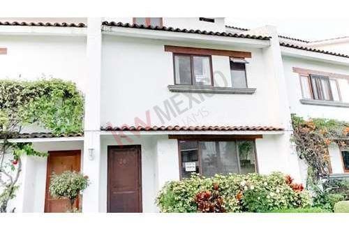 Casa En Renta En Río Mayo, Cuernavaca, Moelos.