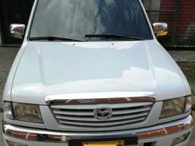 Vendo Mazda B2600 4x4