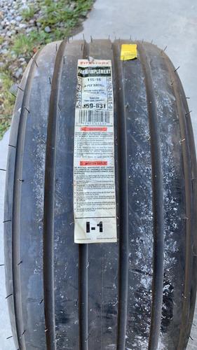2 Neumaticos 11l-16 8 Farm Implement Usa (uso Enfardadora)