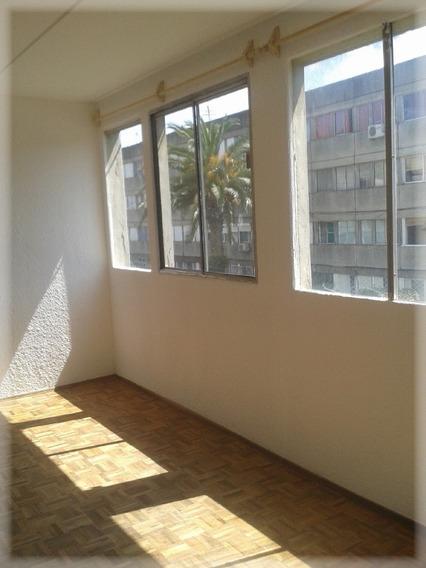 Apartamento De 2 Dormitorios Muy Bien Y Muy Soleado