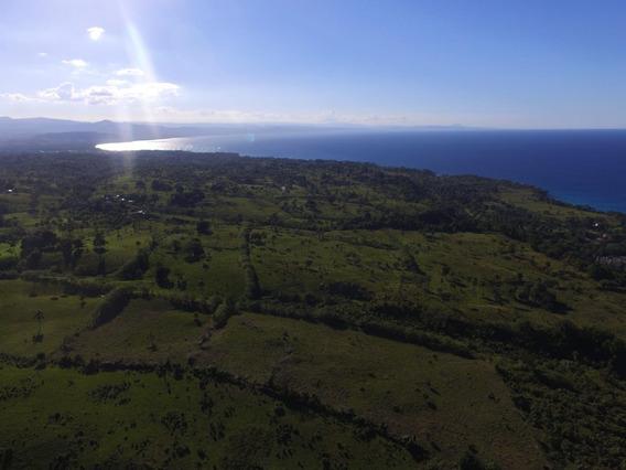 Herrmoso Terreno Frente A La Playa Rio San Juan