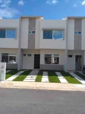 Amplia Y Nueva Casa En El Sur Con Alberca Y Seguridad| 3 Rec