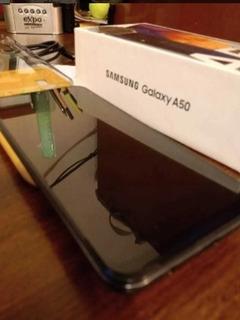 Samsung Galaxy A50 Sellado En Caja Original Con Accesorios