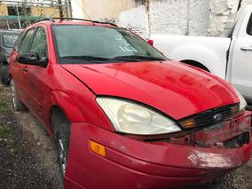 Ford Focus Vagoneta 2000 Para Reparar