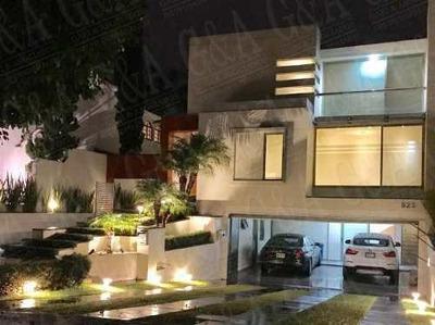 Hermosa Casa De Lujo Con Excelentes Acabados - Valle Real