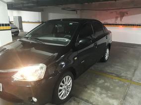 Toyota Etios Sedán Xls 1.5 2013