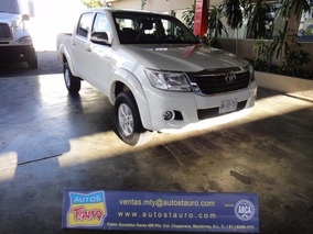 Toyota Hilux Doble Cabina Sr 2014 Impecable