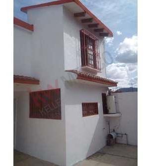 Casa En Venta En Fraccionamiento Villa De Las Flores Coacalco