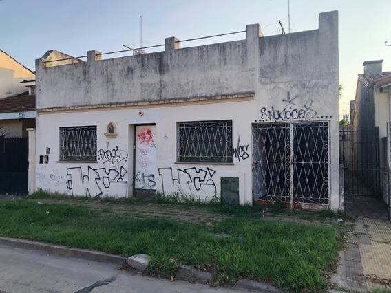 Venta Casa A Refaccionar Boulogne Dos Cuartos Con Patio
