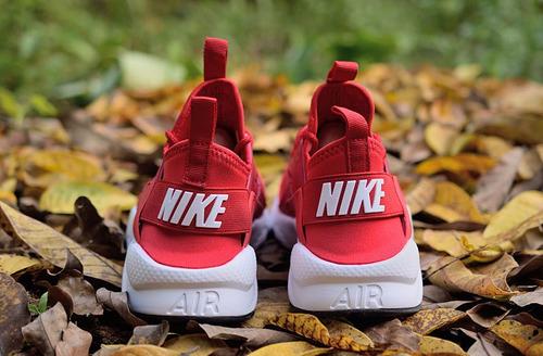 zapatillas huarache rojas