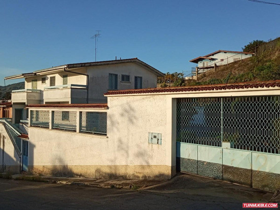 Casas En Venta Club Hìpico, Los Teques