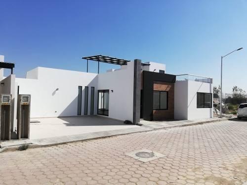 Casa En Cholula Centro,a Mtrs De Periferico, Angelopolis 5mi