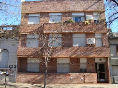 Departamento 3 Amb. 6 Entre 42 Y Diag. 74 La Plata