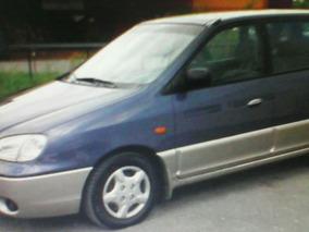 Kia Carens Carens, 7 Pasajeros, Motor 1800 2002