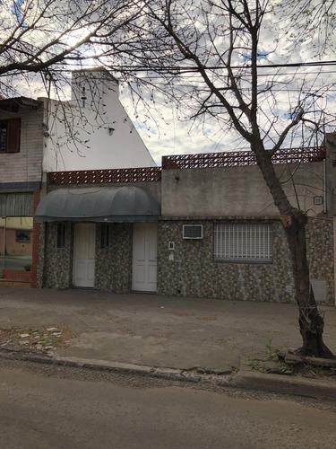 Imagen 1 de 4 de Rosario. Depósito. Casa. Oportunidad. Servando Bayo 921