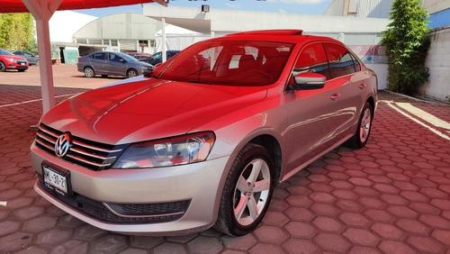 Imagen 1 de 15 de Volkswagen Passat 2013 2.5 Sportline At