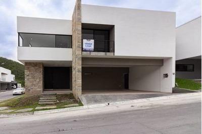 Casa En Venta En Carretera Nacional Carolco Monterrey Nl