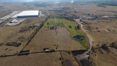 Excelente Terreno Factiblidad Habitacional, Comercial, Industrial , Frente Al Proyecto Arco 57
