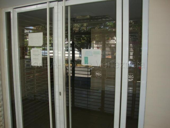 Oficina En Venta Barquisimeto Este, Al 20-7238