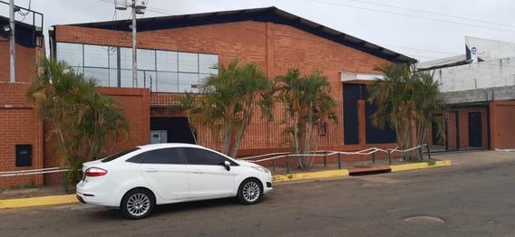 Alquila Galpon En La Zona Industrial Los Pinos