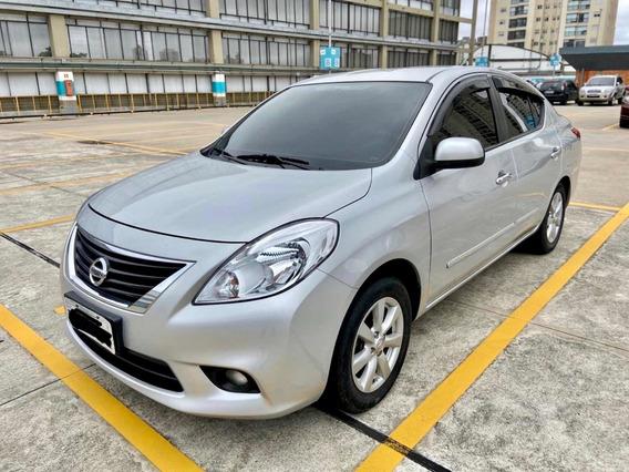 Nissan Versa 1.6 16v Sl Flex 4p 2012