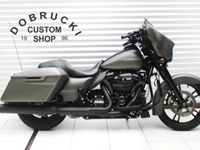 Harley Davidson Touring Street Glide Personalizada