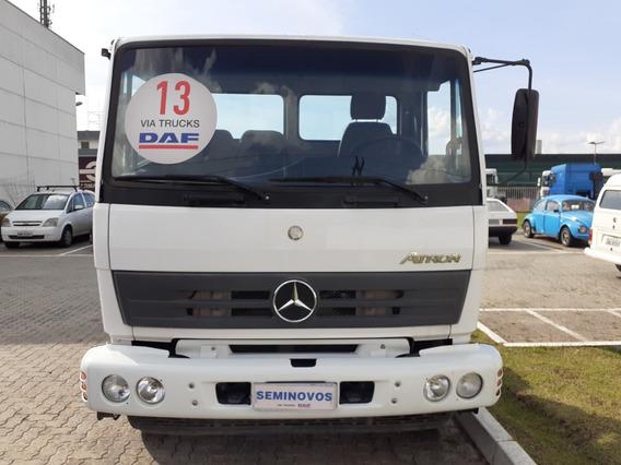 Mercedes Bens Atron 1719 4x2 Branco Com 87000 Km