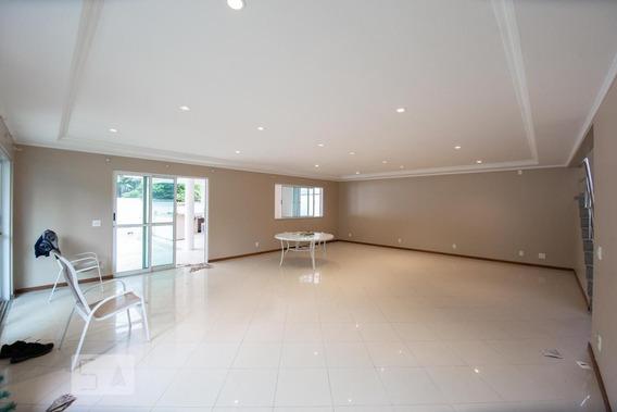 Casa Com 4 Dormitórios E 2 Garagens - Id: 892981437 - 281437