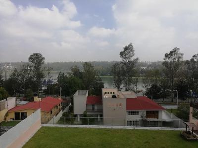 Casa Con Los Mejores Acabados De La Zona Y Vista Al Lago