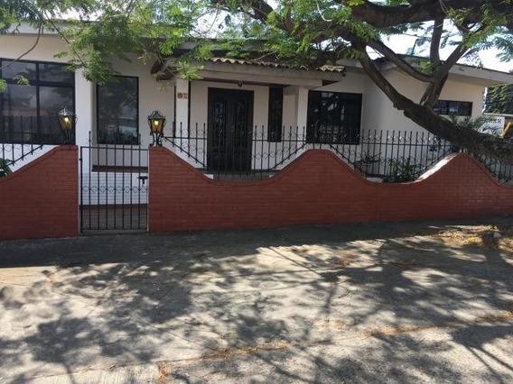 Apartamento En Alquiler En Rio Abajo 20-4034 Emb
