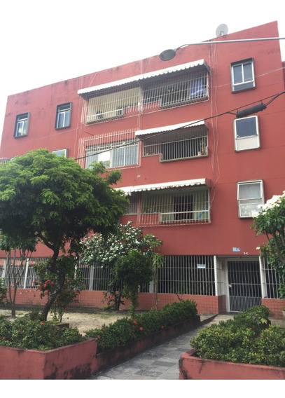 Vendo Excelente Apartamento 80m2, 3 Qts (1 Suite), Reformado