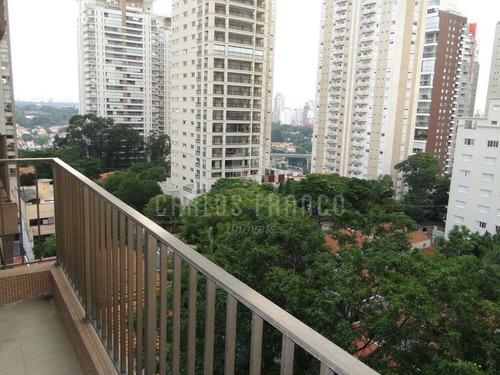 Apartamento No Campo Belo Com 210m 4 Dormitórios 2 Suítes 3 Vagas - Cf10861
