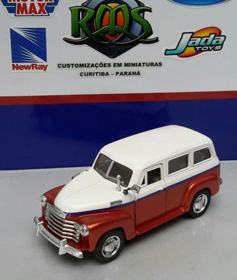 Chevrolet Suburban 1950 1/36 Customizada
