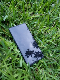 Celular Huawei P30 Lite.