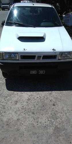 Fiat Uno 1.6 Scr 1996 - Permuto - Financio