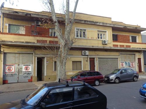 Prox Barrio Mayorista , Local, Oficinas Y Entrada Vehiculos