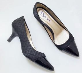 Sapato Scarpin Feminino Matelassê Com Verniz Preto