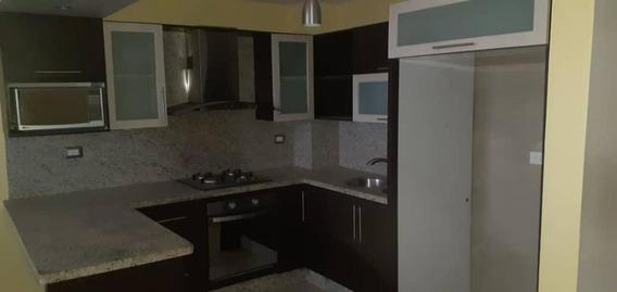 Apartamentos En Venta En Zona Oeste 20-3032 Rg