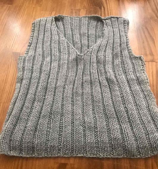 Sweater - Pechito Lana Sin Manga Talle S