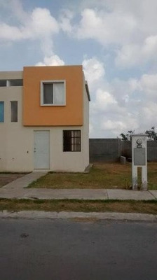 Casa En Venta En Salinas Victoria, Fraccionamiento Valle Del Norte